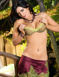 Veronica Ricci hugs her naked breasts up against one very lucky tree in this outdoors Penthouse photo shoot!